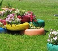 Цветник из покрышек - украшаем красиво сад