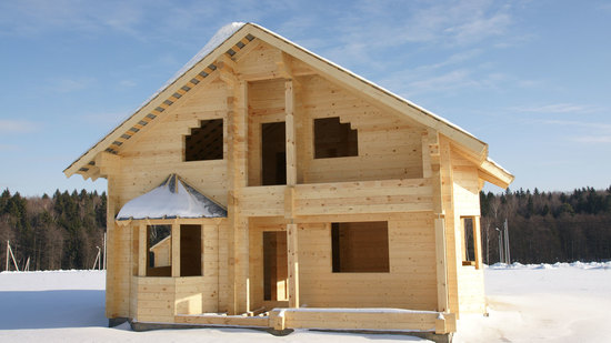 Достоинства домов из профилированного бруса