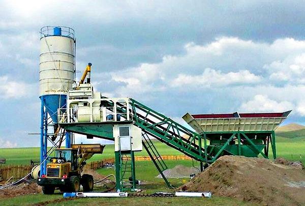 Собственный мобильный бетонный завод рядом со строительным объектом