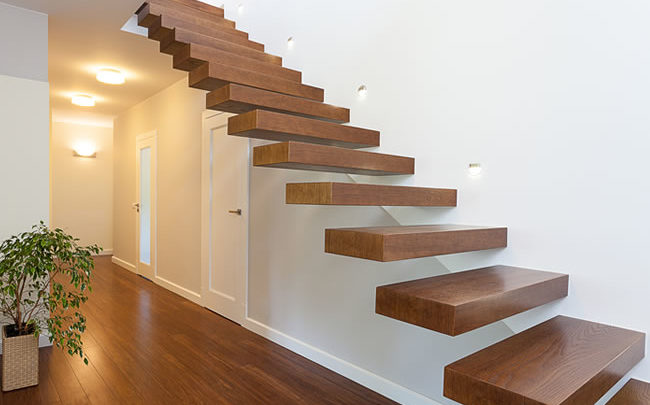 Варианты строительства и покупки готовых лестниц